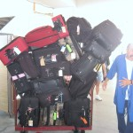 Port Workers with our luggage - Tip!